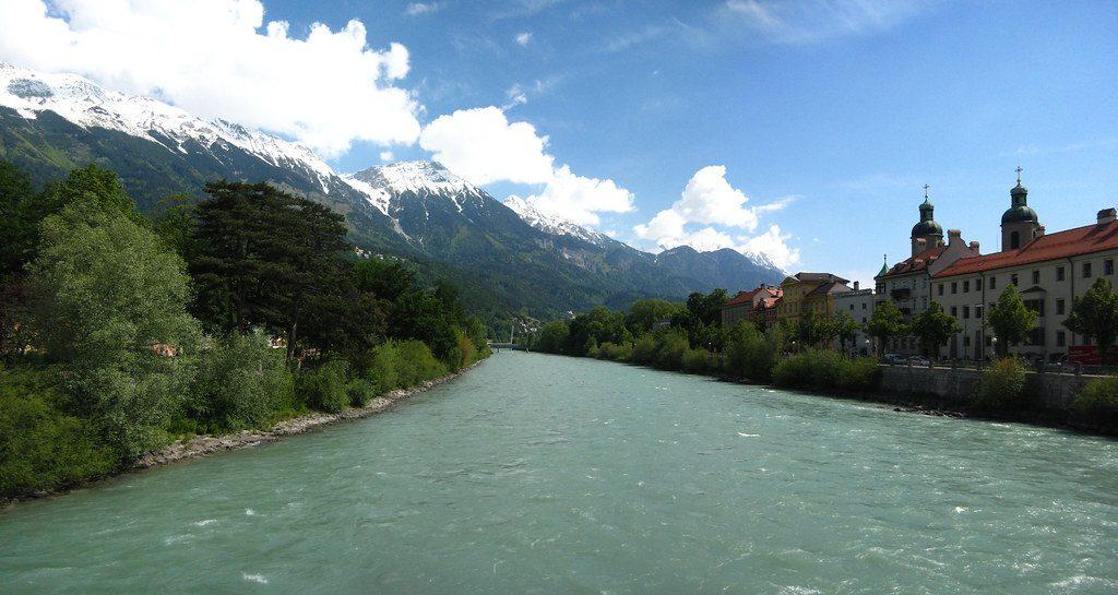 Kewajiban Manusia Terhadap Sungai